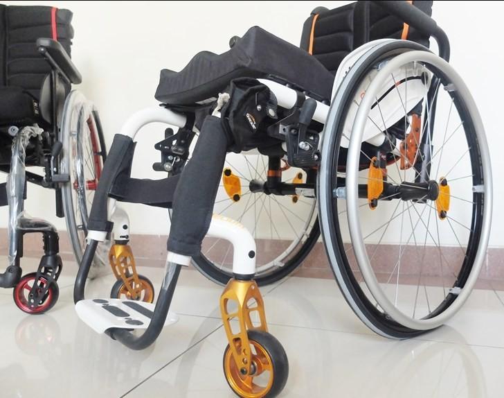 Beragam Aksesoris Kursi Roda Untuk Alat Kesehatan